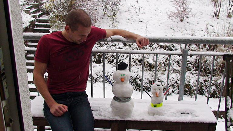 Thomas E mit Schneemännern
