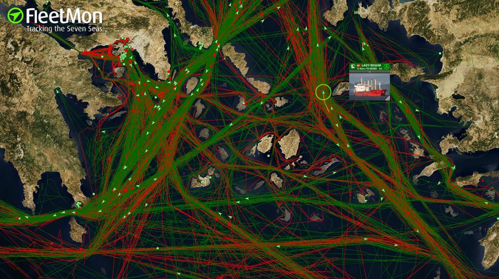 FleetMon_Explorer_-_live_real-time_vessel_tracking_and_monitoring_-_FleetMon.com_-_2016-01-18_12.25.58