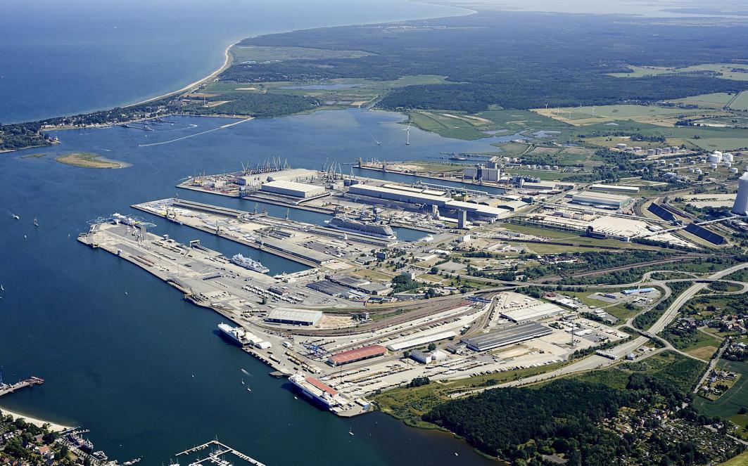 Luftaufnahme Rostocker Hafen